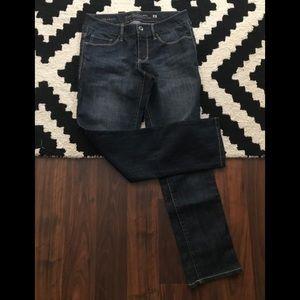 FG Dark Wash Jeans. NWOT. Sz. 8